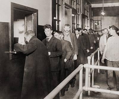 Men In Line To Register Art Print by Everett