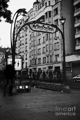 Photograph - Metropolitain by RicharD Murphy