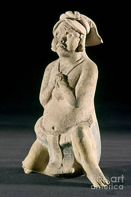 Photograph - Mexico: Mayan Figure by Granger