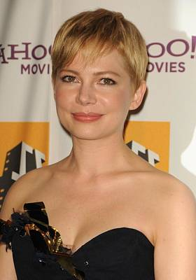15th Annual Hollywood Film Awards Gala Ceremony Photograph - Michelle Williams At Arrivals For 15th by Everett