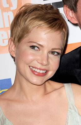 Alice Tully Hall At Lincoln Center Photograph - Michelle Williams At Arrivals For My by Everett