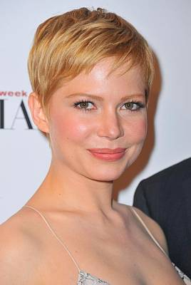 Michelle Williams At Arrivals For The Print by Everett