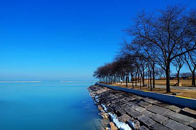 Michigan Lakeshore In Chicago Art Print by Paul Ge