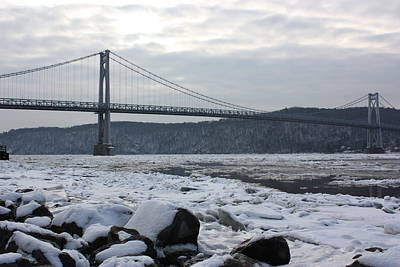 Mid-hudson In Winter Art Print by Robert Rizzolo