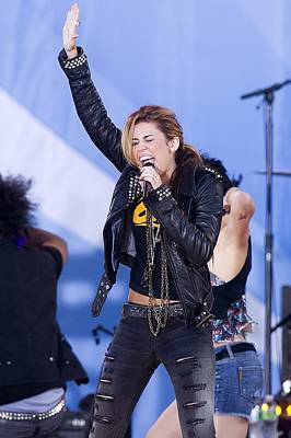 Gma Photograph - Miley Cyrus On Stage For Good Morning by Everett