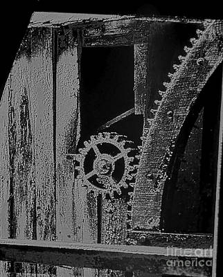 Movie Tees - Mill Gear black and white by Rich Walter