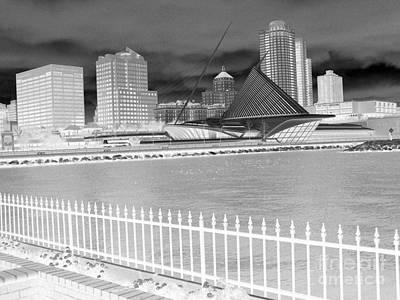 Photograph - Milwaukee Art Museum Evening by David Bearden