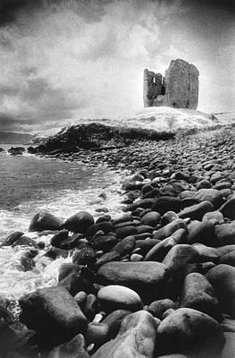 Photograph - Minard Castle by Simon Marsden