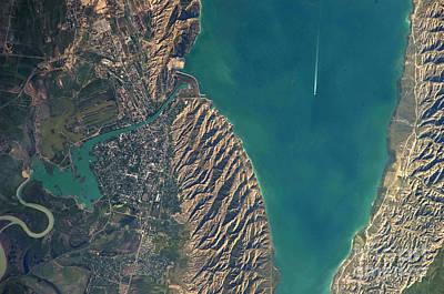 Mingachevir Reservoir, Azerbaijan Art Print by NASA/Science Source