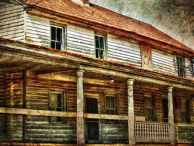 Abandoned Houses Photograph - Missing A Window by Kathy Jennings