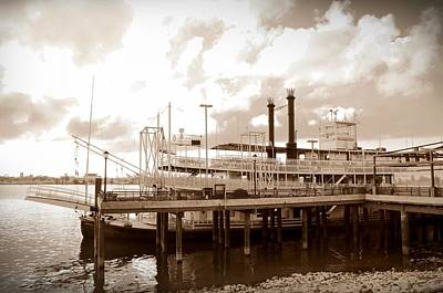 Steamboat Photograph - Mississippi Riverboat by Bill Cannon