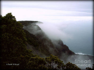 Photograph - Mists Along The Kalalau Valley by Paulette B Wright