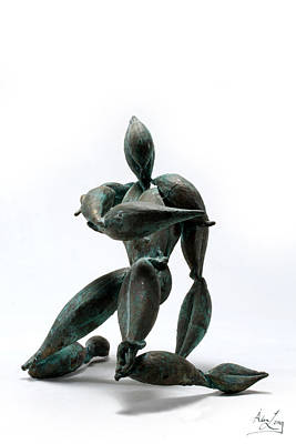 Sculpture - Monarchs Hero by Adam Long