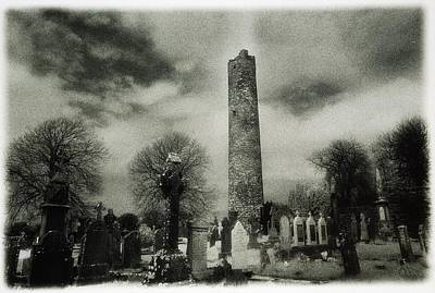 Monasterboice, Co Louth, Ireland Round Art Print by Sici