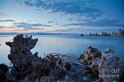 Photograph - Mono Lake After Sunset by Olivier Steiner