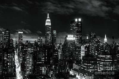 Photograph - Monochrome City by Andrew Paranavitana