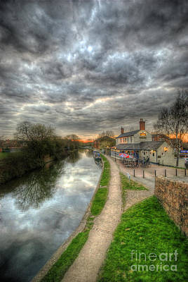 Photograph - Moody Sunset At The Boat Inn by Yhun Suarez