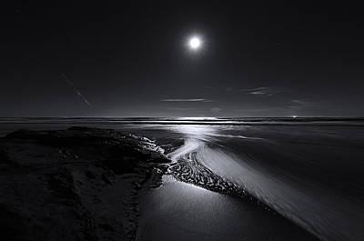 Moon River Art Print by Richard Leon