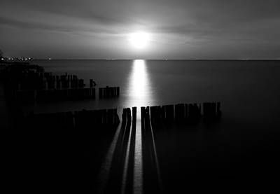 Lake Erie Wall Art - Photograph - Moonrise 2 by Cale Best