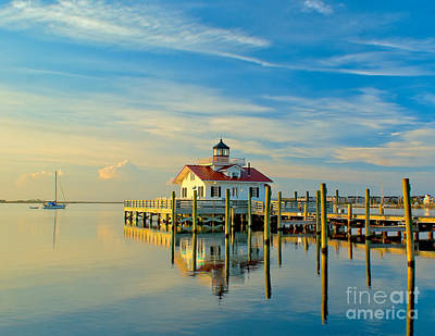Morning At Roanoke Light Art Print by Nick Zelinsky