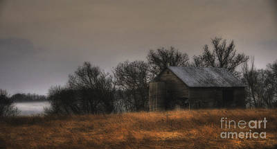Morning Fog At Jorgens Barn Art Print