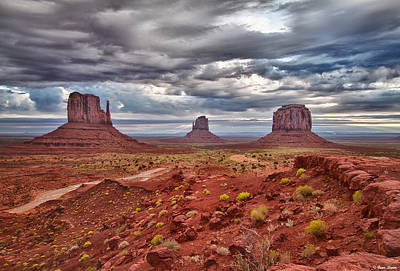 Morning Light At Monument Valley Art Print by Brian Stamm