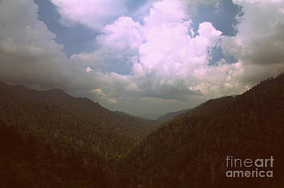 Morton Overlook Tennessee Art Print by Ursula Lawrence