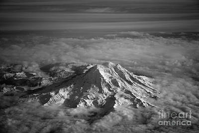 Mount Rainier Art Print by Ei Katsumata