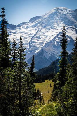 Mount Rainier Wa Original by Henny Gorin
