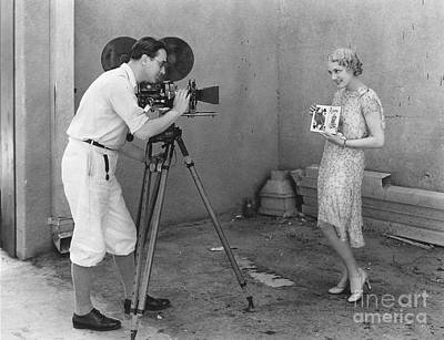 Wall Art - Photograph - Movie Camera, 1920s by Granger