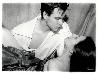 Photograph - Movie Kiss by Diana Haronis