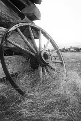 Wagon Wheel Hub Wall Art - Photograph - Moving Memories by Wayne Stadler