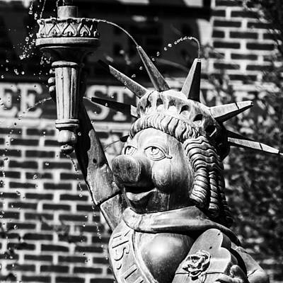 Photograph - Ms Liberty by Nicholas Evans