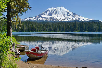 Mt Adams At The Lake Art Print