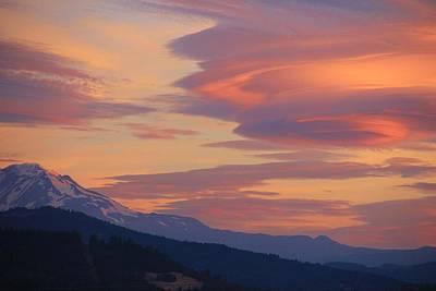 Mt Adams Morning Art Print by Dan Madden