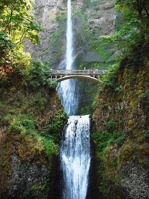 Photograph - Multnomah Falls by Kelly Manning