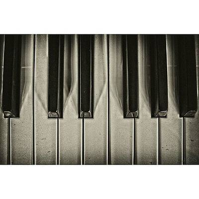 Piano Wall Art - Photograph - Music Never Gets Too Old || Lurpis @ by Robin Hedberg