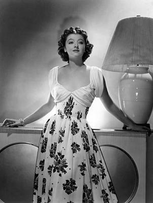 Gathered Dress Photograph - Myrna Loy, Mgm Portrait, 1939 by Everett
