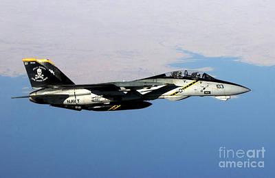 Operation Iraqi Freedom Photograph - N F-14b Tomcat Flies Over Iraq by Stocktrek Images