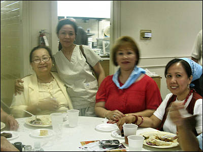 Photograph - Nafaum Relatives-2009 by Glenn Bautista