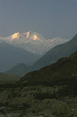 Light And Dark Photograph - Nanga Parbat At Sunrise by George F. Mobley