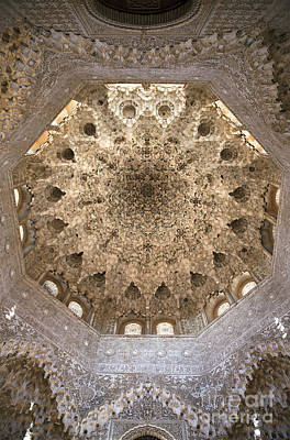Andalucia Photograph - Nasrid Palace Ceiling by Jane Rix