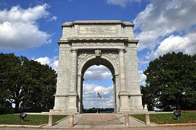 Photograph - National Memorial Arch by Andrew Dinh