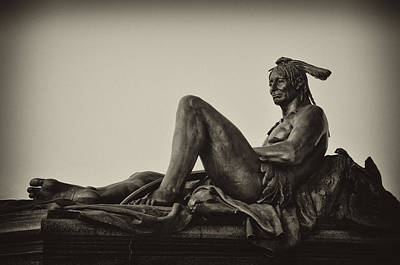 Native American Statue - Eakins Oval Philadelphia Art Print by Bill Cannon