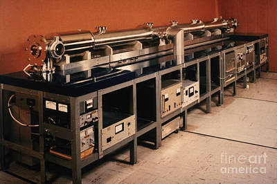 Photograph - Nbs-6 Atomic Clock by Science Source
