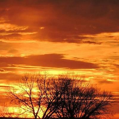 Sundown Wall Art - Photograph - Nebraska Sunset by Kelli Stowe