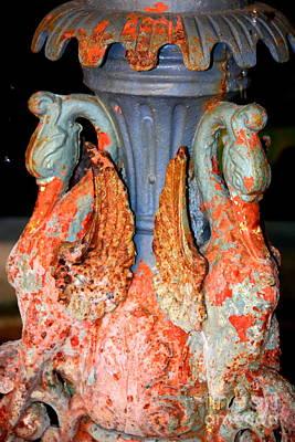 Photograph - New Orleans Swan Fountain by Carol Groenen