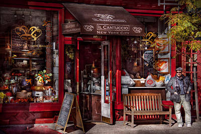 Photograph - New York - Store - Greenwich Village - Il Cantuccio  by Mike Savad