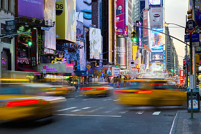 Crosswalk Photograph - New York, Manhattan, Midtown, 7th Avenue by Alan Copson