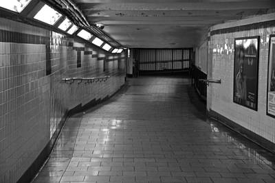 Photograph - New York Subway Tunnel by Eric Tressler
